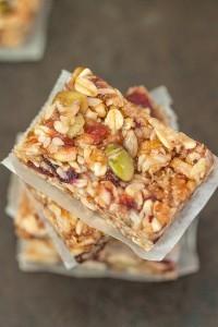 Chewy No Bake Granola Bars (Gluten Free, Vegan)