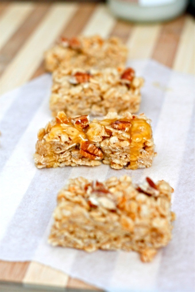 Healthy No Bake Caramel Pecan Granola Bars