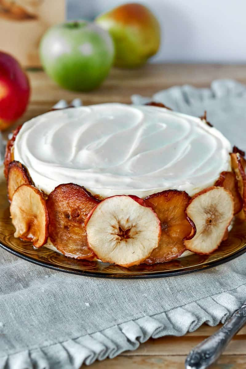 applesauce cake with frosting