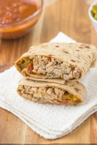 Healthy LOW CARB Mexican Chicken Wraps using a delicious flatbread which doesn't taste low carb at all- The filling is a flavor lover's dream- Sweet, spicy and filling! Freezer friendly too!