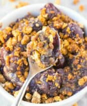 healthy blueberry crumble
