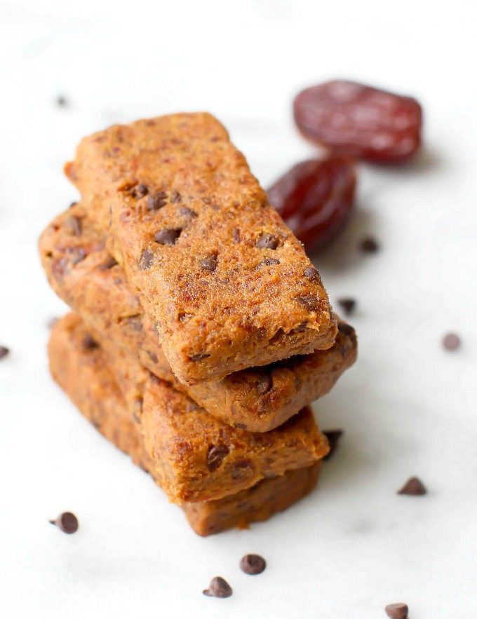 Healthy THREE Ingredient No Bake Cookie Dough Protein Bars