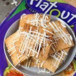 Healthy BAKED Cinnamon Roll Pita Chips- Crispy oil free baked pita chips with a health glaze! - thebigmansworld.com