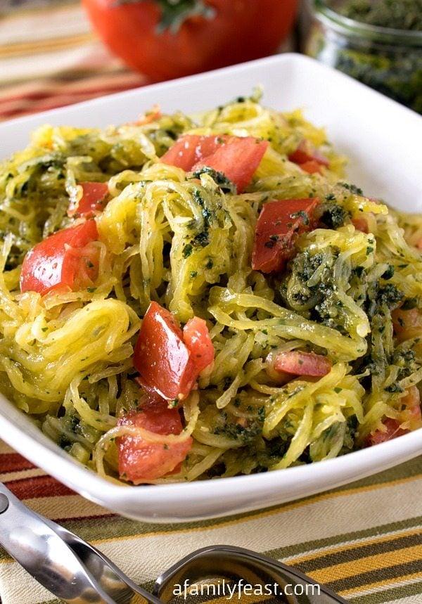 spaghetti-squash-pesto-tomatoes
