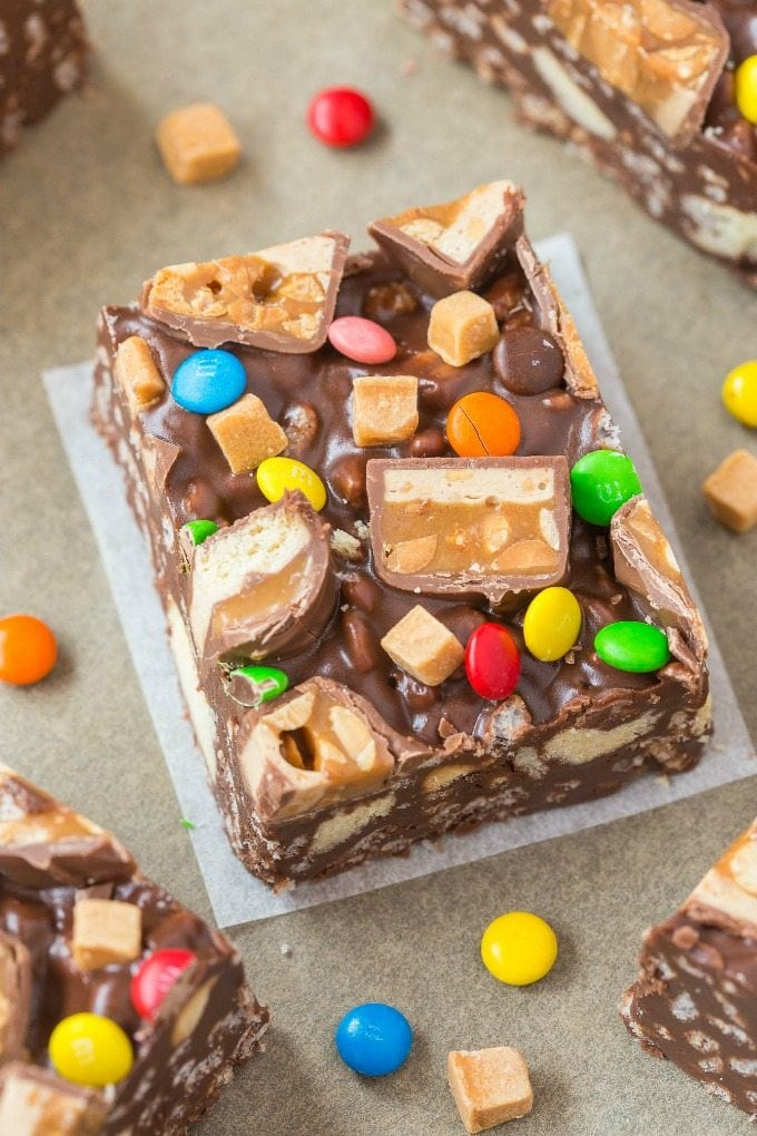 leftover halloween candy bar crunch bars