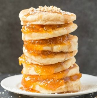Healthy Flourless Pumpkin Spice Pancakes