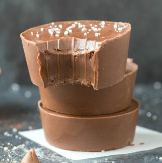 3-Minute Paleo Vegan Chocolate Fudge (Keto, Low Carb, Sugar Free)- An easy 3-ingredient recipe for smooth, creamy and fool-proof chocolate keto fat bomb fudge made with no dairy, no sugar, no condensed milk. #ketorecipe #fatbombs #dairyfree #paleo #vegan #keto | Recipe on thebigmansworld.com