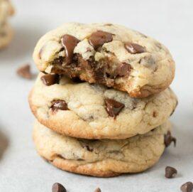 keto vegan chocolate chip cookies