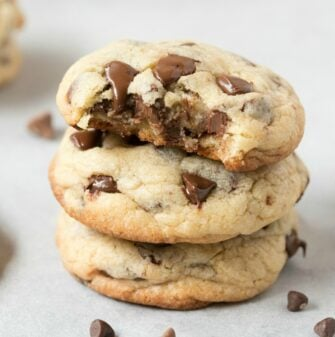 keto vegan chocolate chip cookies