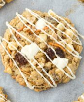 A vegan and gluten free oatmeal cookie that tastes like carrot cake
