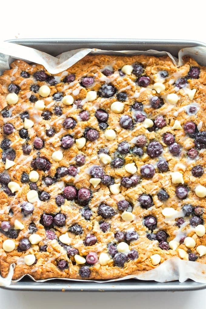 Healthy Blueberry Breakfast Oatmeal Bake