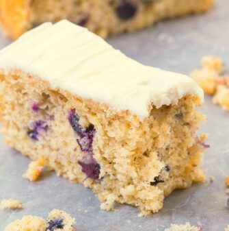 Easy lemon blueberry cake made without yogurt and without sour cream!