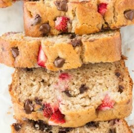 Best Healthy Strawberry Banana Bread Recipe- moist and low carb