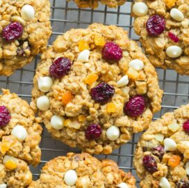 Easy healthy oatmeal cookies with cranberries and orange