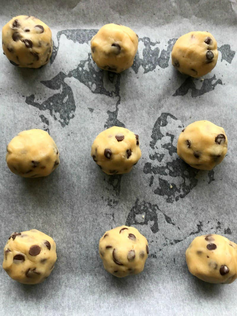 balls of vegan chocolate chip cookie dough