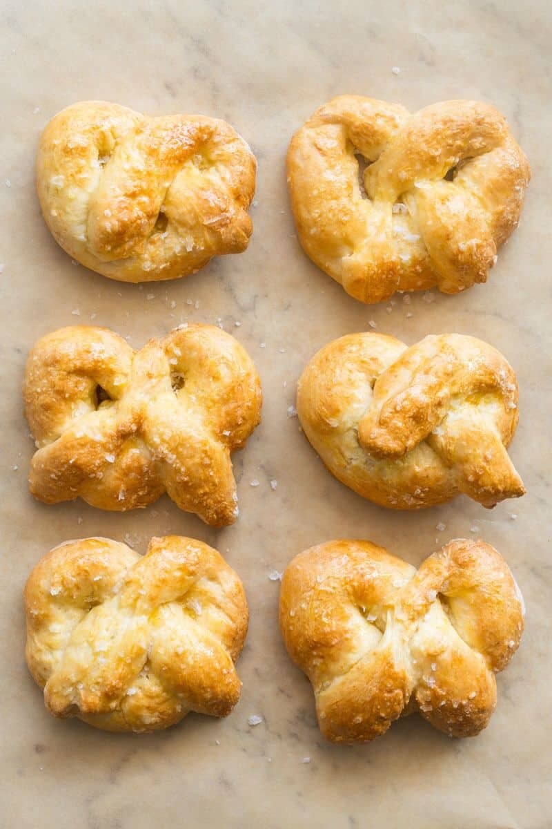 2 ingredient dough soft pretzels