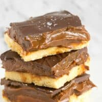 No Bake Caramel Slice