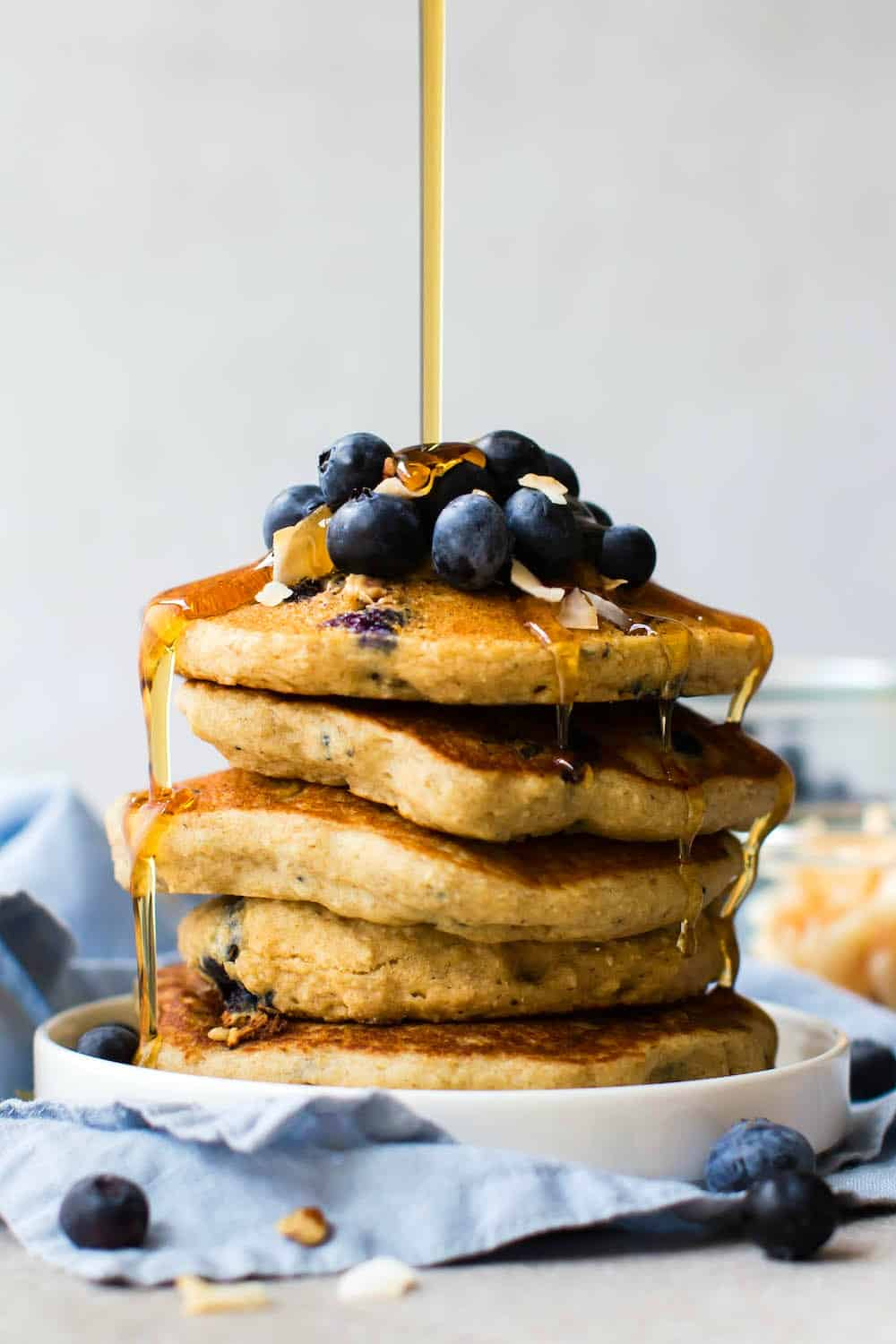 perfect vegan blueberry pancakes