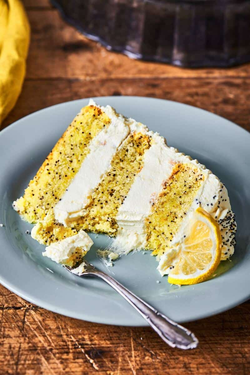 vegan lemon poppyseed cake