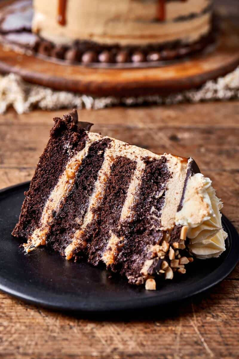 vegan snickers cake