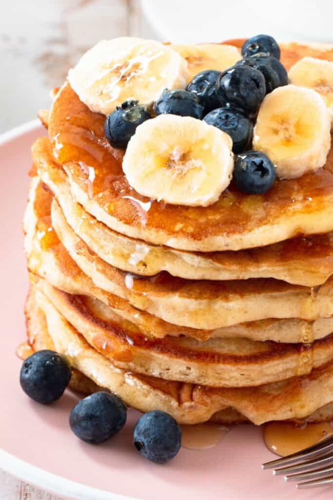 coconut flour banana pancakes